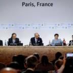 Paneldebatt under COP21 i Paris.