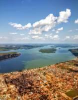 Oversiktsbilde av Altamira og Xingu fra lufta